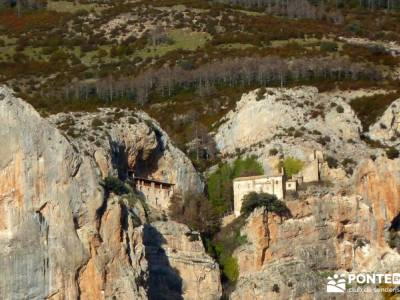 Viaje Semana Santa - Mallos Riglos - Jaca; viajes de fin de año; excursion madrid; viajes de un dia